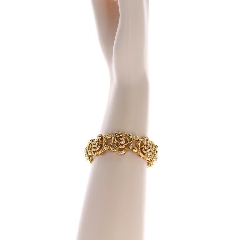 Van Cleef & Arpels Diamond and Gold Openwork Bracelet In Excellent Condition For Sale In New York, NY