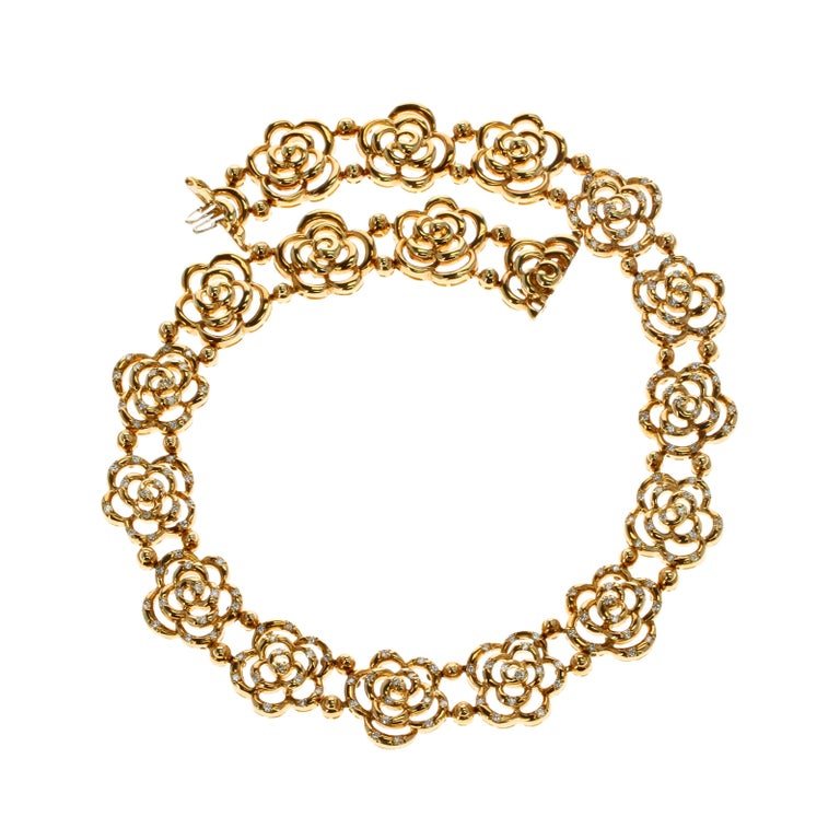 Contemporary Van Cleef & Arpels Diamond and Gold Openwork Necklace For Sale