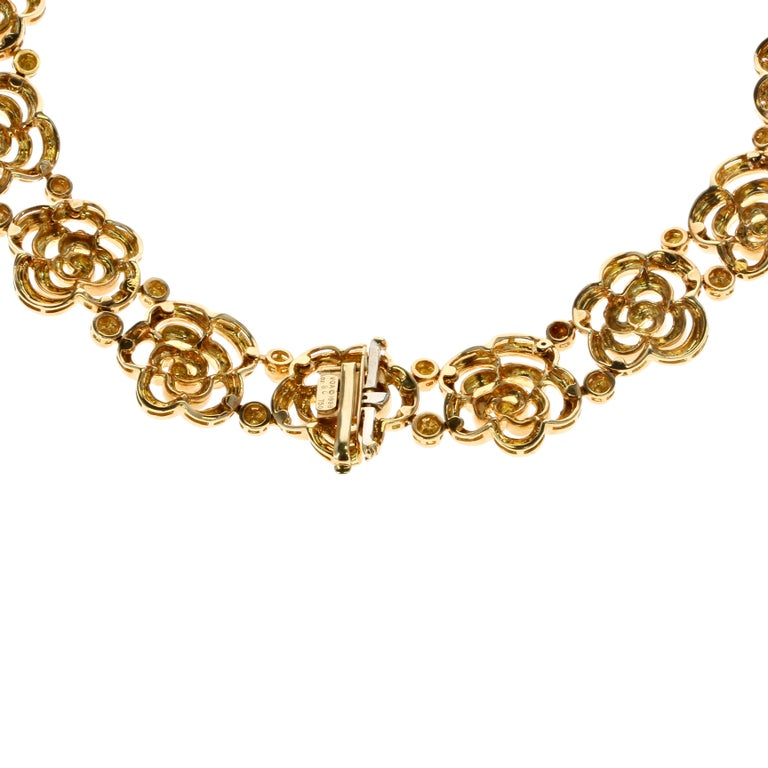 Van Cleef & Arpels Diamond and Gold Openwork Necklace In Excellent Condition For Sale In New York, NY