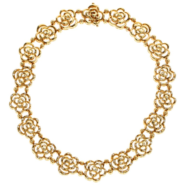 Van Cleef & Arpels Diamond and Gold Openwork Necklace For Sale