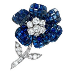 Van Cleef & Arpels Diamond Mystery-Set Sapphire Platinum Flower Brooch