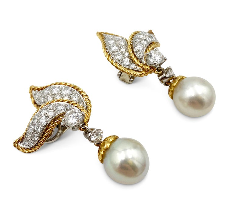 Van Cleef & Arpels Diamond and Pearl Earclips In Excellent Condition For Sale In New York, NY
