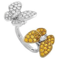 Van Cleef & Arpels Diamond and Sapphire Gold Butterfly Between the Finger Ring
