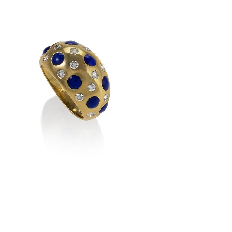 Van Cleef & Arpels Diamond and Sapphire Ring In Excellent Condition For Sale In New York, NY