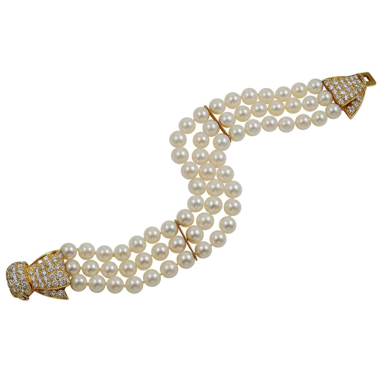 Van Cleef & Arpels Diamond Pearl Yellow Gold Three-Row Bow Bracelet