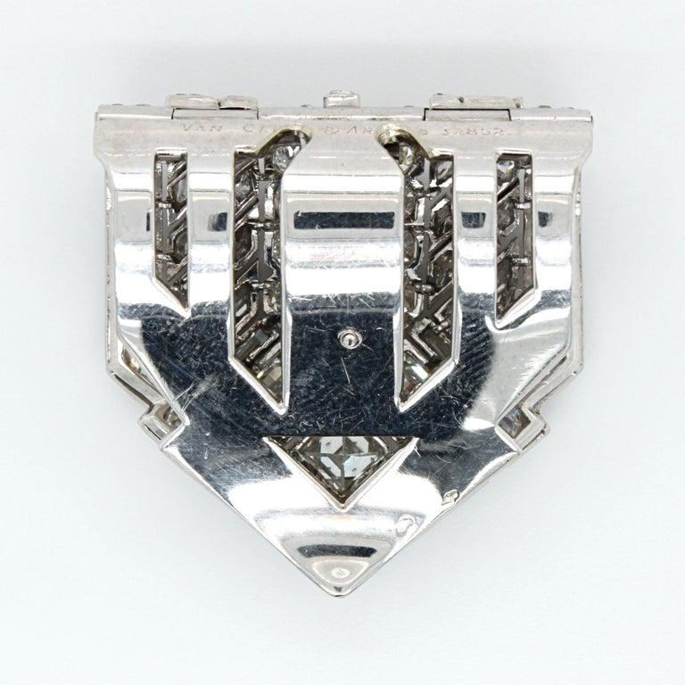 Van Cleef & Arpels Diamond Art Deco Clip, France, ca. 1920s For Sale 7