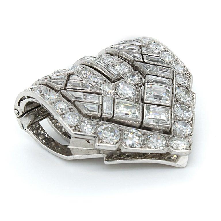 Van Cleef & Arpels Diamond Art Deco Clip, France, ca. 1920s In Excellent Condition For Sale In Idar-Oberstein, DE