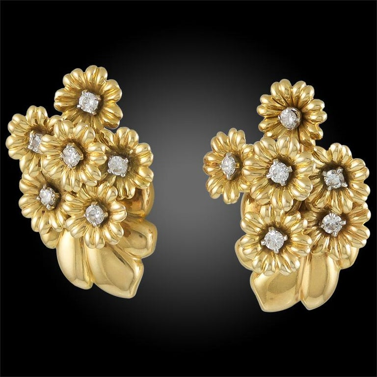 Round Cut Van Cleef & Arpels Diamond Bouquet Earrings For Sale