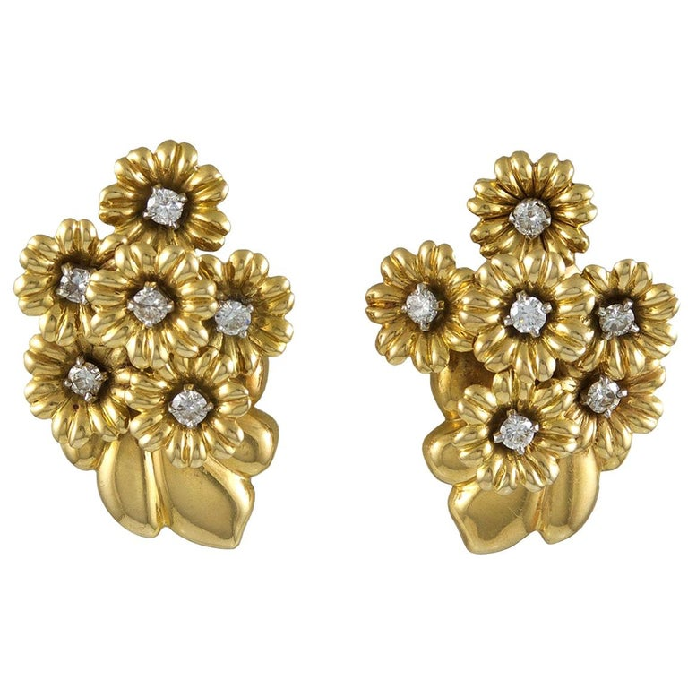 Van Cleef & Arpels Diamond Bouquet Earrings For Sale