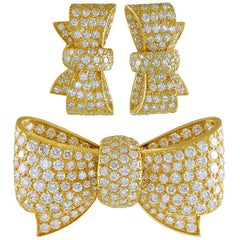 Van Cleef & Arpels Diamond Yellow Gold Bow Brooch and Earrings