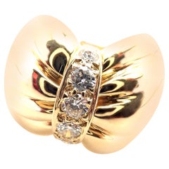 Van Cleef & Arpels Diamond Bow Design Yellow Gold Band Ring