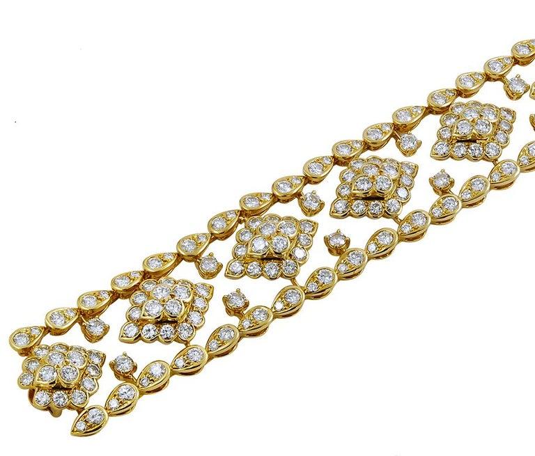Round Cut Van Cleef & Arpels Diamond Bracelet For Sale