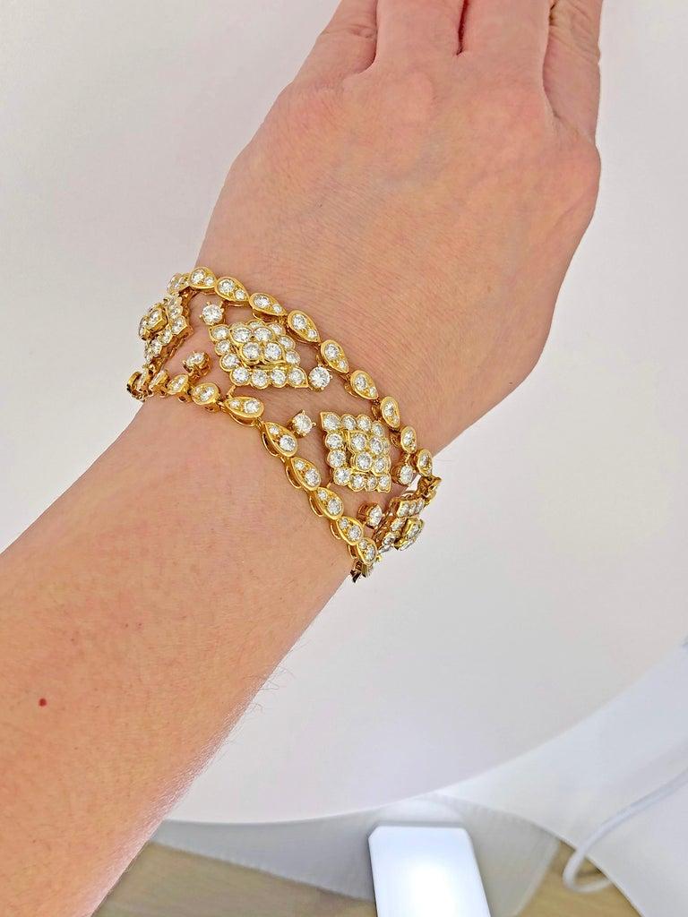 Women's Van Cleef & Arpels Diamond Bracelet For Sale