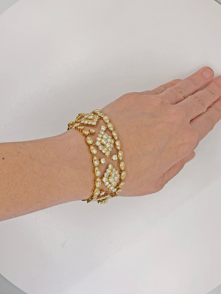 Van Cleef & Arpels Diamond Bracelet For Sale 2