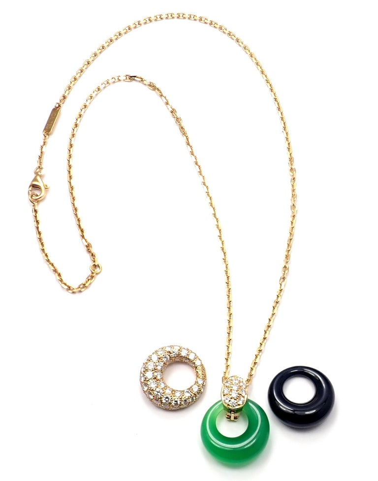 Van Cleef & Arpels Diamond Chalcedony Onyx 2 Extra Pendants Yellow Gold Necklace For Sale 4