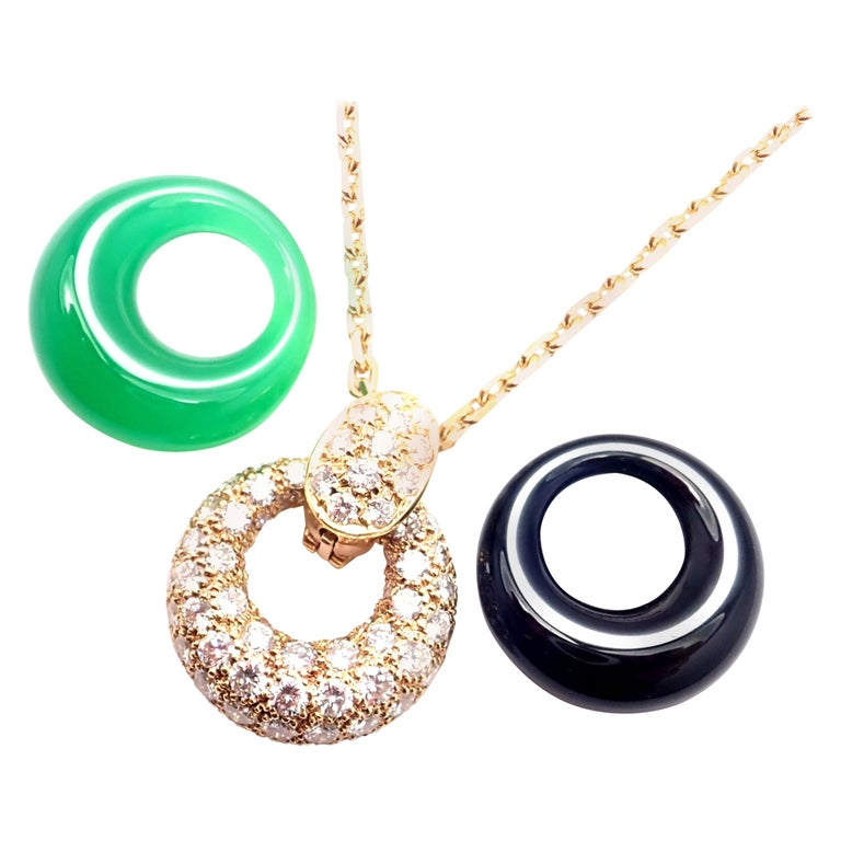 Van Cleef & Arpels Diamond Chalcedony Onyx 2 Extra Pendants Yellow Gold Necklace For Sale
