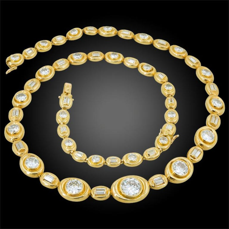 Van Cleef & Arpels Diamond Convertible Necklace Suite In Good Condition For Sale In New York, NY