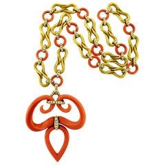 Van Cleef & Arpels Diamond Coral 18 Karat Gold Necklace/Bracelet Combination