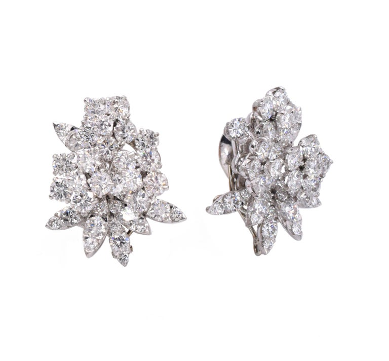Round Cut Van Cleef & Arpels Diamond Earrings For Sale