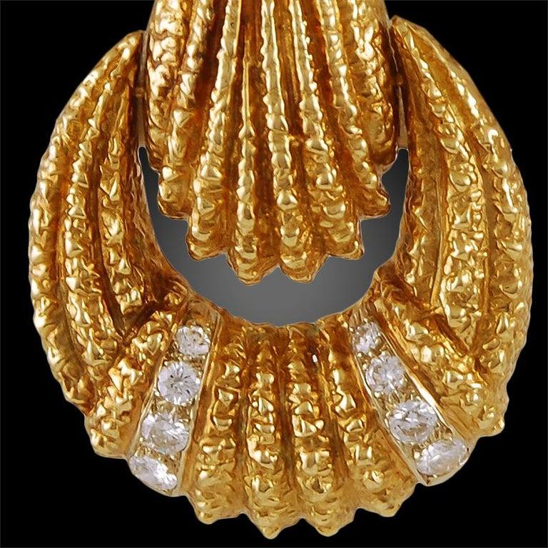 Women's Van Cleef & Arpels Diamond Earrings For Sale