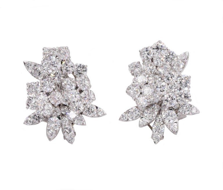 Van Cleef & Arpels Diamond Earrings In Excellent Condition For Sale In New York, NY