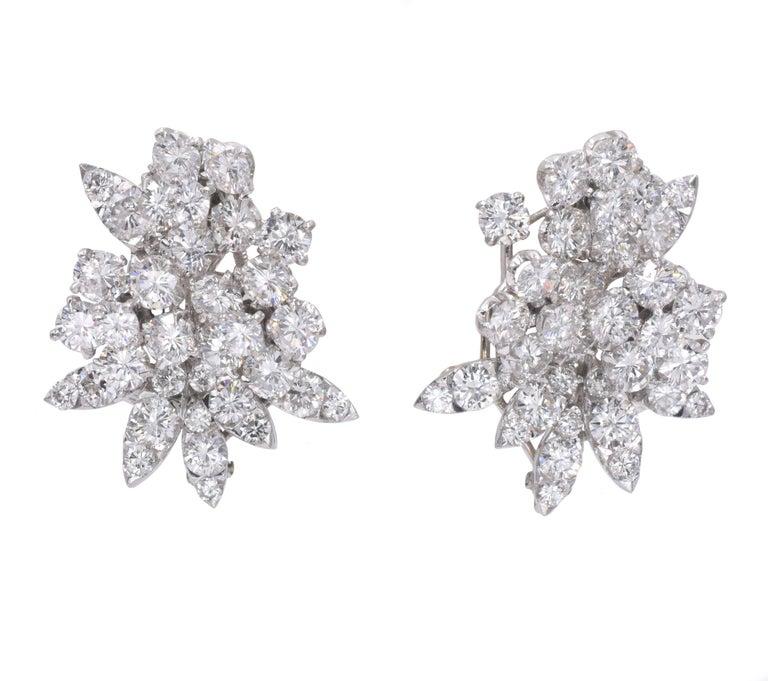 Van Cleef & Arpels Diamond Earrings For Sale 2