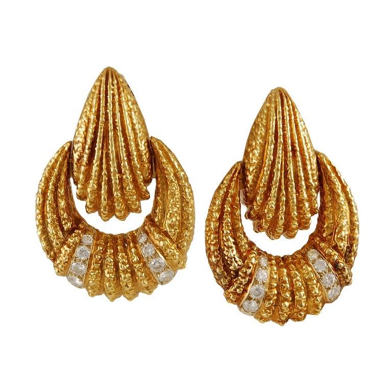 Van Cleef & Arpels Diamond Earrings For Sale