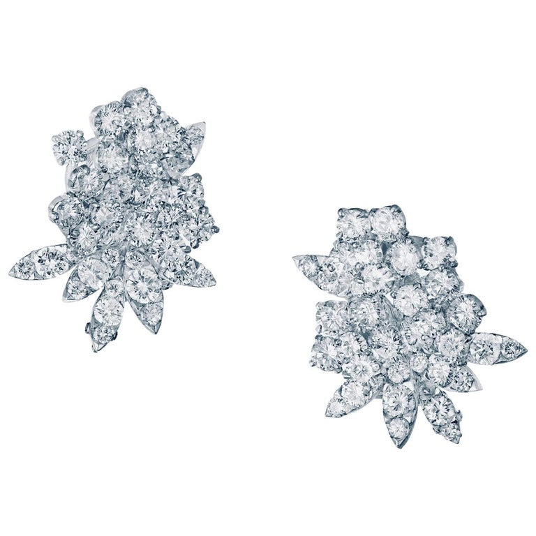 Van Cleef & Arpels Diamond Earrings For Sale