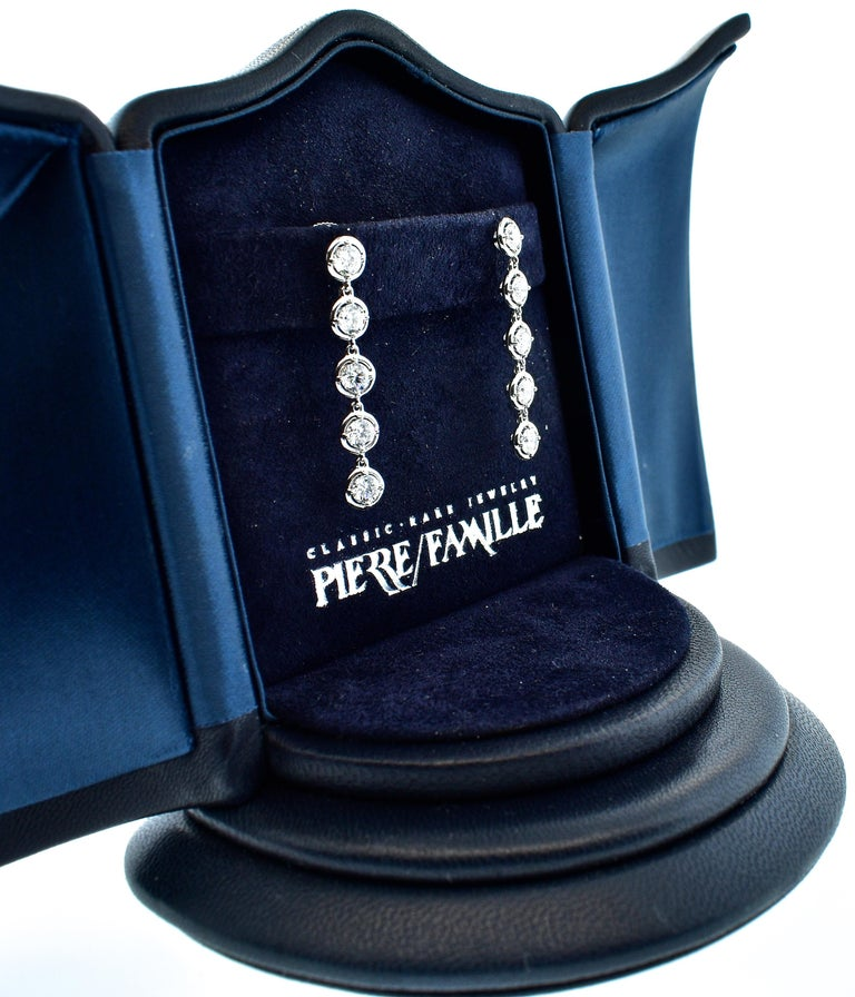 Van Cleef & Arpels Diamond Earrings, French In Excellent Condition For Sale In Aspen, CO