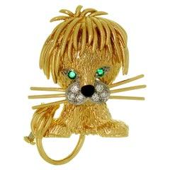 Van Cleef & Arpels Diamond Emerald Enamel Yellow Gold Lion Brooch