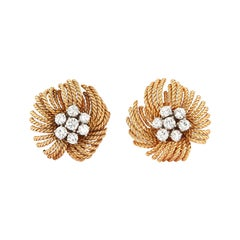 Van Cleef & Arpels Diamond Flower Earrings