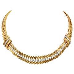 Van Cleef & Arpels Diamond Garland Design Necklace