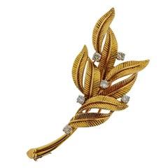 Van Cleef & Arpels Diamond Gold Leaf Brooch Pin