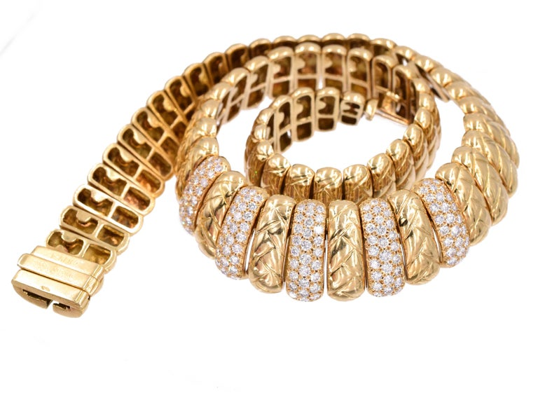 Van Cleef & Arpels, 18k gold and diamond necklace, The necklace composed of gold links with braided design, encrusted at the front within quality round brilliant-cut diamonds, estimated total diamond weight is 4.20 carats  Signed: VCA &  numbered