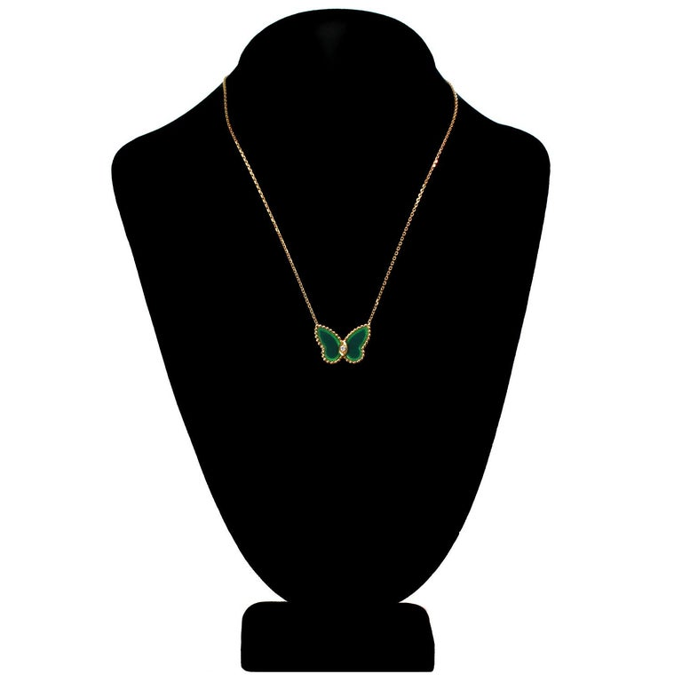 Van Cleef & Arpels Diamond Green Chalcedony 18 Karat Gold Butterfly Pendant Ne In Good Condition For Sale In New York, NY