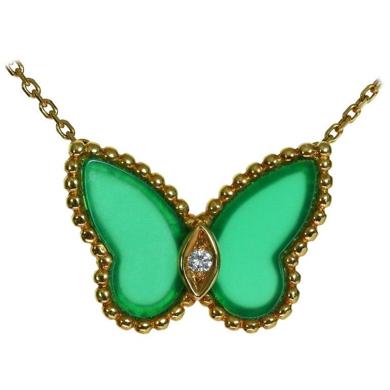 Van Cleef & Arpels Diamond Green Chalcedony 18 Karat Gold Butterfly Pendant Ne For Sale