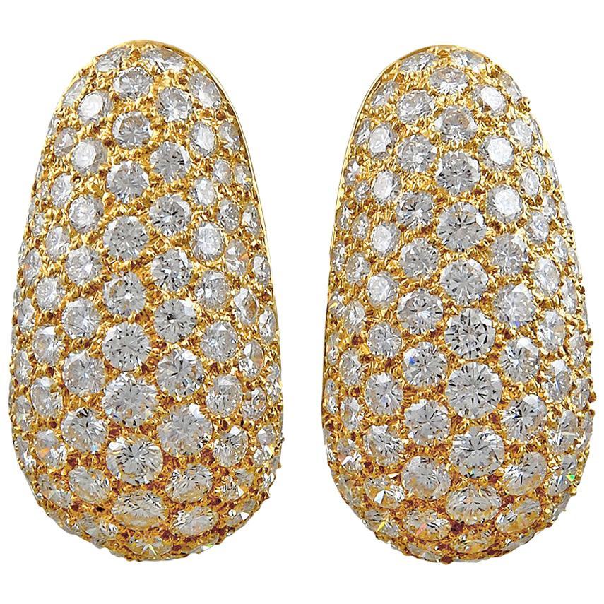 Van Cleef & Arpels Diamond Huggie Earrings