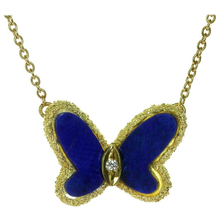Van Cleef & Arpels Diamond Lapis Lazuli 18 Karat Gold Butterfly Pendant Neckla For Sale