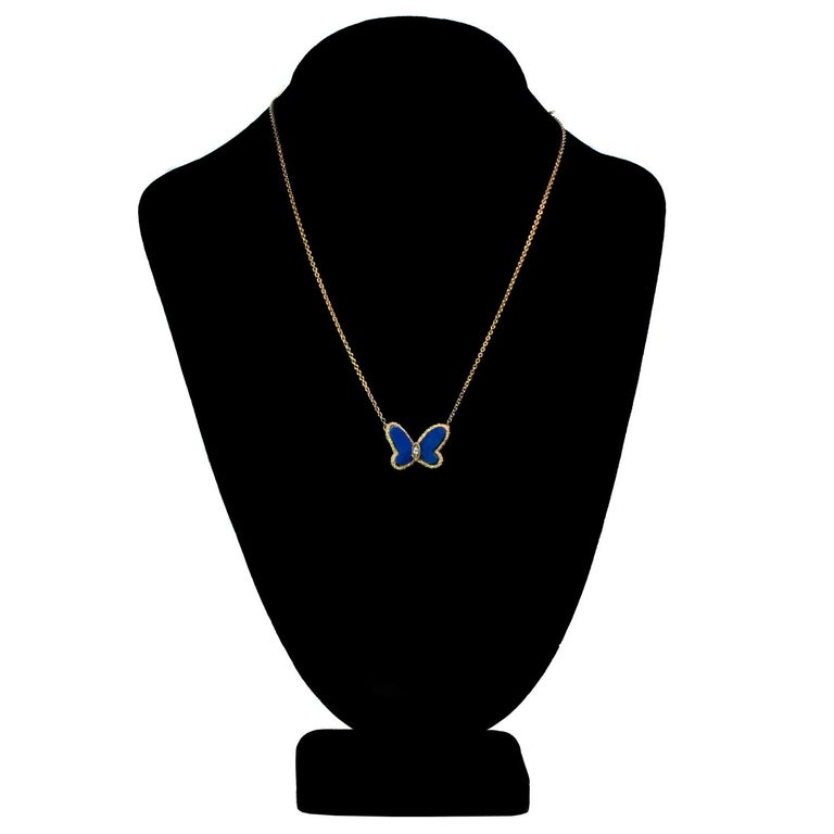 Van Cleef & Arpels Diamond Lapis Lazuli 18 Karat Gold Butterfly Pendant Neckla In Good Condition For Sale In New York, NY