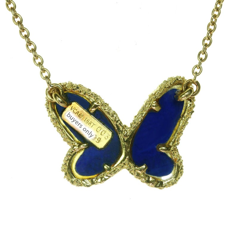 Van Cleef & Arpels Diamond Lapis Lazuli 18 Karat Gold Butterfly Pendant Neckla For Sale 2