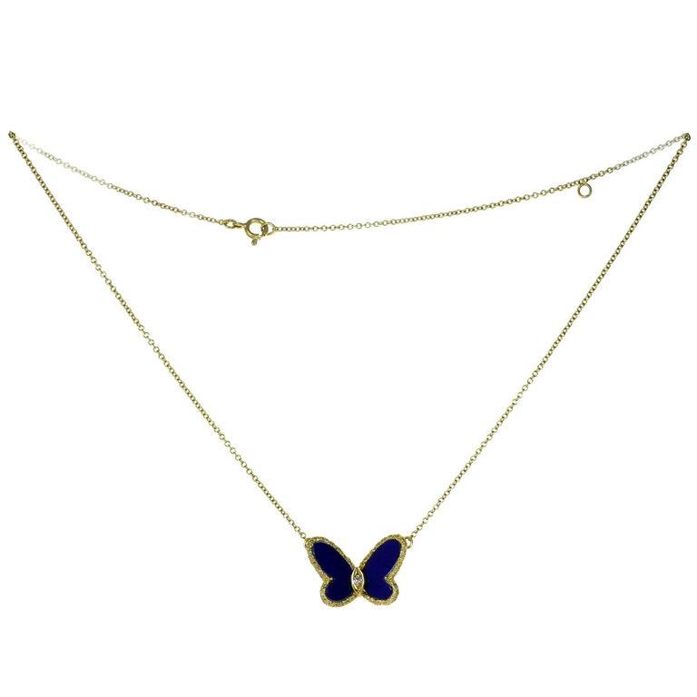 Brilliant Cut Van Cleef & Arpels Diamond Lapis Lazuli Yellow Gold Butterfly Pendant Necklace For Sale
