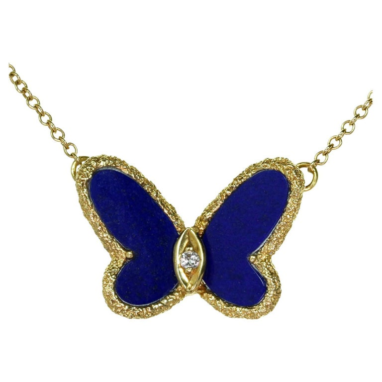 Van Cleef & Arpels Diamond Lapis Lazuli Yellow Gold Butterfly Pendant Necklace For Sale