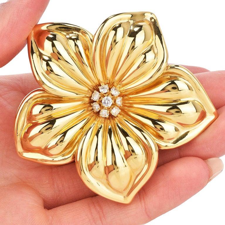 Women's Van Cleef & Arpels Diamond Large 18K Gold Magnolia Floral Pin Brooch For Sale