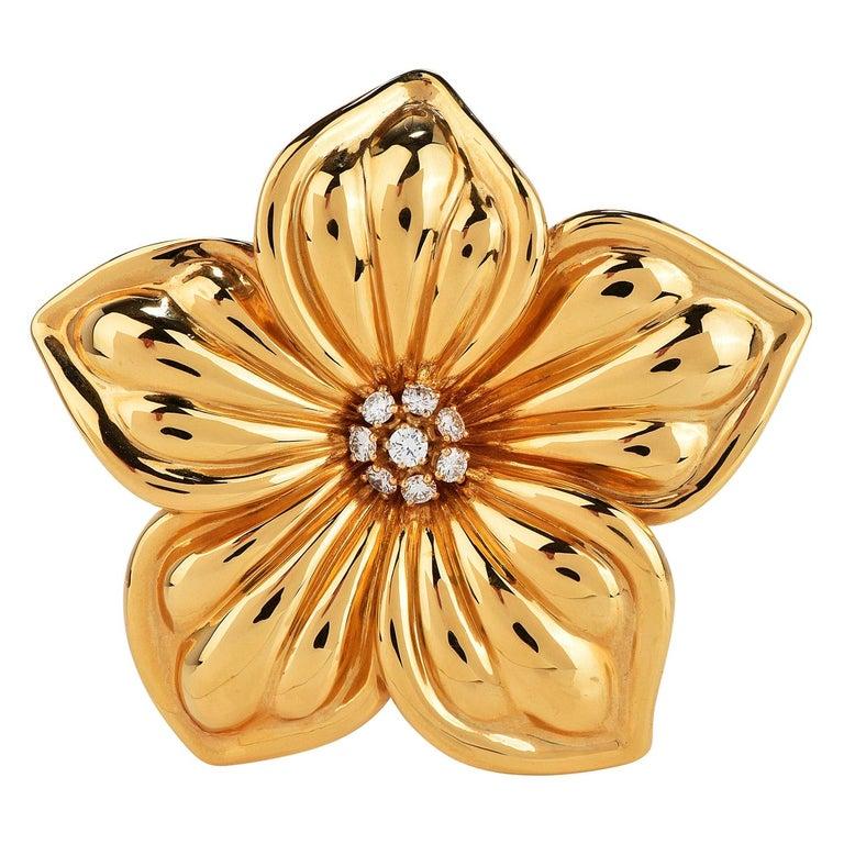 Van Cleef & Arpels Diamond Large 18K Gold Magnolia Floral Pin Brooch For Sale