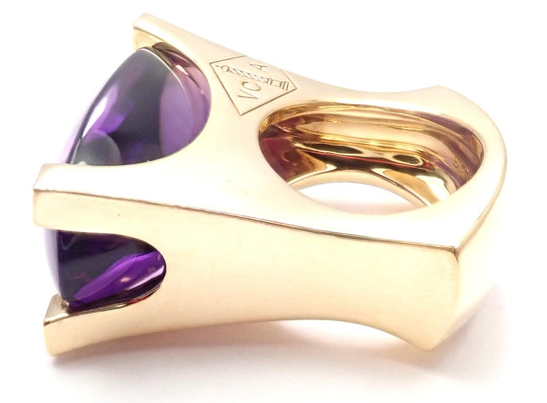 Van Cleef & Arpels Diamond Large Amethyst Yellow Gold Ring For Sale 2