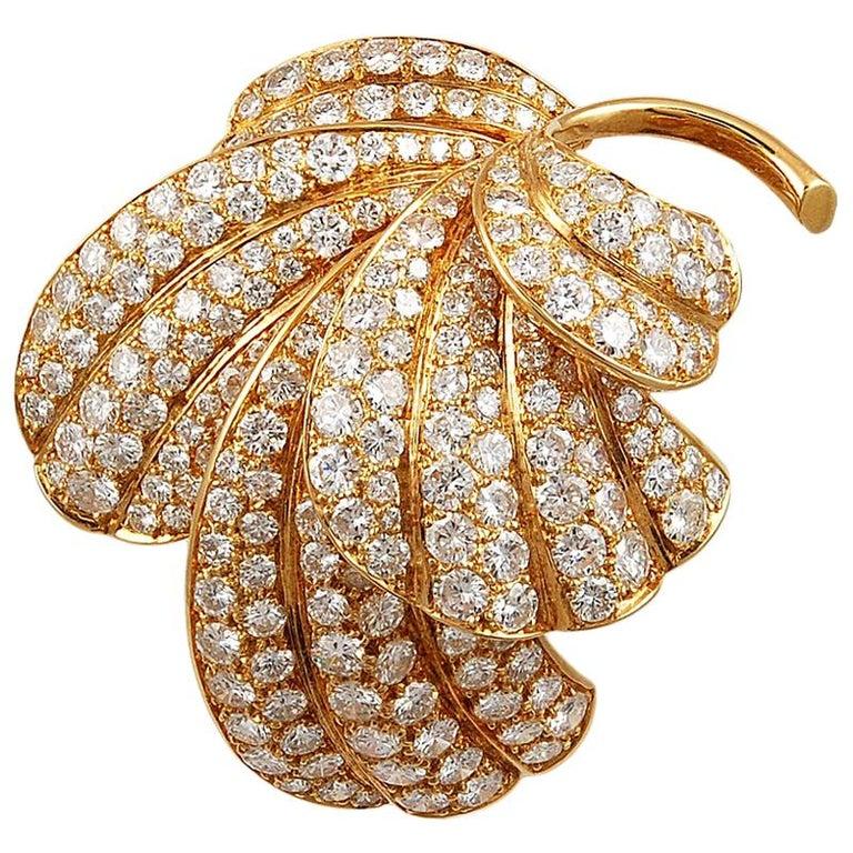 Van Cleef & Arpels Diamond Leaf Brooch For Sale