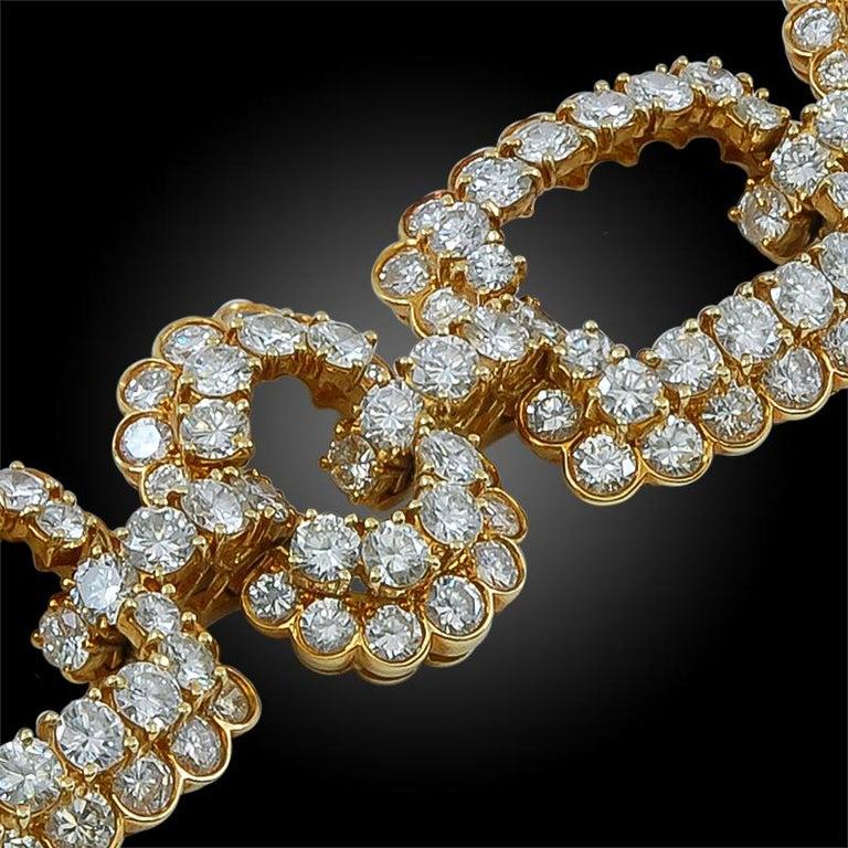 Women's or Men's Van Cleef & Arpels Diamond Gold Link Bracelet For Sale