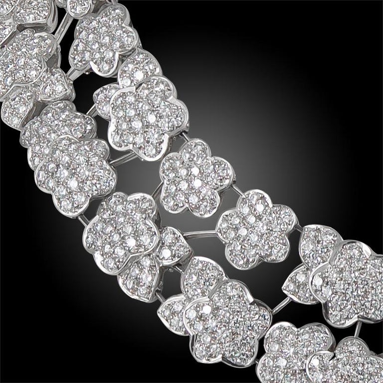 Van Cleef & Arpels Diamond Melusine Necklace, 36 Carat In Good Condition For Sale In New York, NY