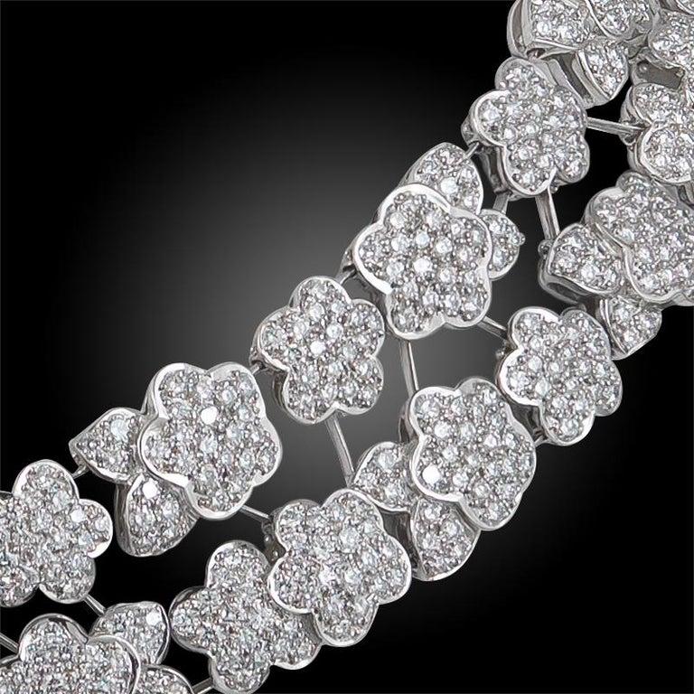 Women's or Men's Van Cleef & Arpels Diamond Melusine Necklace, 36 Carat For Sale