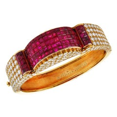 Van Cleef & Arpels Diamond Mystery-Set Ruby Gold Bangle Bracelet